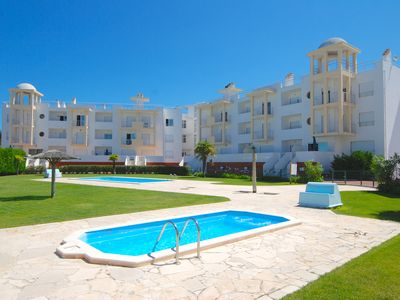 Photo for Tide - 3 bedroom apartment within beautiful Nazaré complex