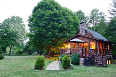 Your four seasons vacation cabin!
