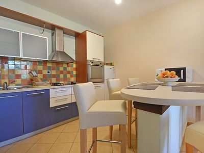 Photo for Apartment Anica in Zadar - 6 persons, 3 bedrooms