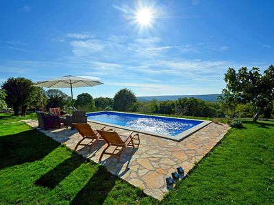Photo for This 2-bedroom villa for up to 5 guests is located in Pula and has a private swimming pool, air-cond