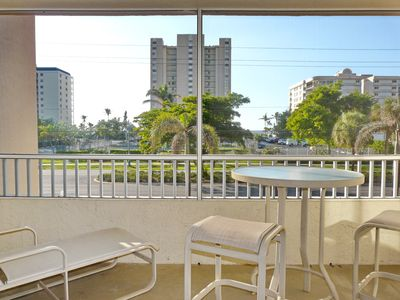 Photo for Relaxing inland condo w/ heated pool just a short walk from the beach