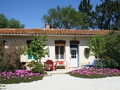 Photo for Idyllic Gite With Pool On Chateau Wine Estate