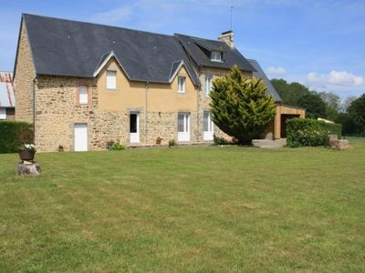 Photo for Gite Dragey-Ronthon, 4 bedrooms, 7 persons