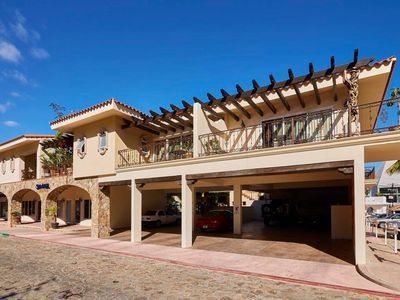 Photo for Queen bed Suite  - 2 blocks from the Marina of CSL -