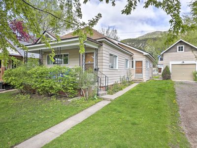 Photo for Glenwood Springs Home w/ Mtn Views - Walk Downtown