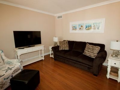 Newly furnished and Beautifully decorated Villa- 2 minute walk to the beach
