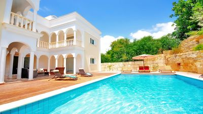 Ivory Mansion - Villa With Private Pool And Sea Views - Heated Pool Option