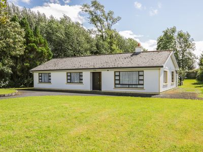 Photo for THE ROBIN'S NEST, pet friendly in Knock, County Mayo, Ref 915531