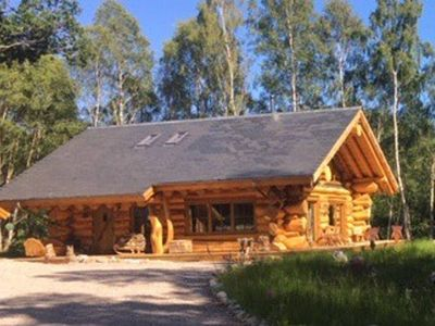 Photo for Caledonian Cabin + Hot Tub
