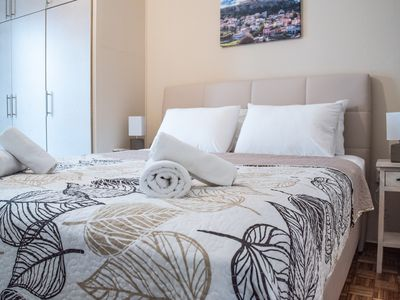 Photo for The really divine apartment next to Acropoli