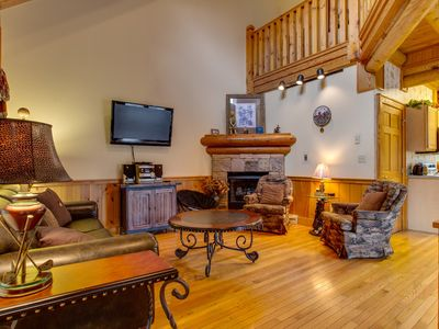 Photo for Log Heaven at Golf View | Walk to Golf Course | Hot Tub | Community Pool | WiFi | Wet Bar | Sleeps 9