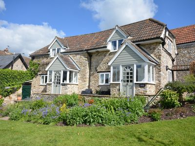 Photo for 1 bedroom Cottage in Lyme Regis - 49726