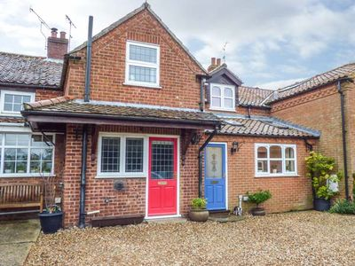 Photo for CAMERON'S COTTAGE, pet friendly in Swaffham, Ref 931499