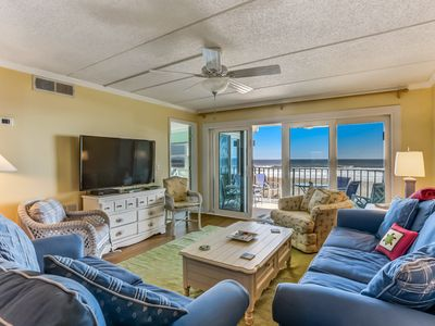 Photo for Fully Renovated 2 Bedroom/2 Bath oceanfront condo with private balcony overlooking ocean.