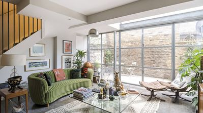Photo for Stylish & Colourful 2 Bedroom home in the heart of Primrose Hill