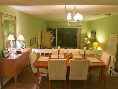 Elevated formal dining room. Table expand to seats 8. Brand new flooring