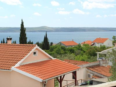 Photo for Two bedroom apartment with terrace and sea view Maslenica (Novigrad)