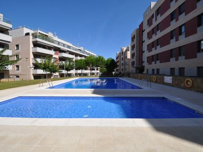 Photo for Rent apartment 100 m2, large terrace, 200m from the beach, air conditioning, parking, 8 people.Ref. A131