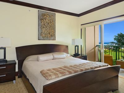 Bedroom with ocean view! King size mattress and contemporary European furniture