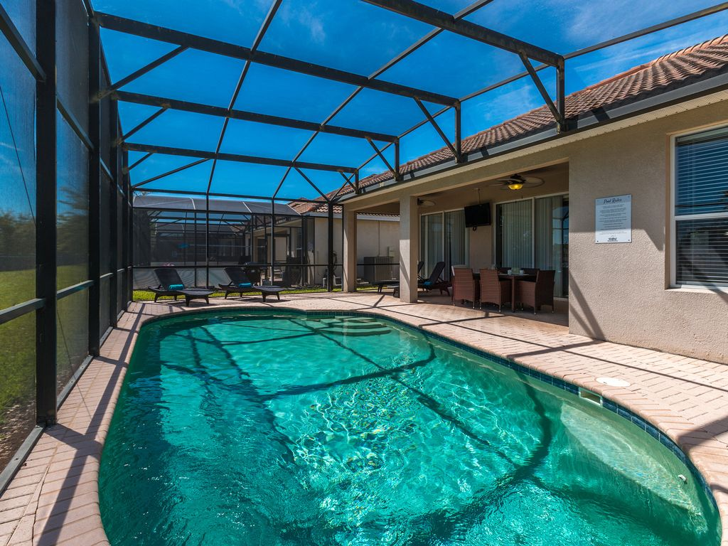 MVH_107 | 4 Bed 4 Bath Home: Pawnall Bliss | 4 Bed Villa with Fun ...