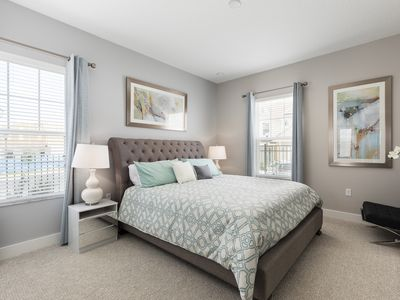 Photo for Summerville Resort - 5 Bed / 6 Bath Townhome (SMV112)