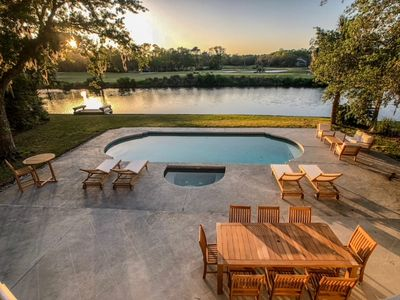 Photo for Promontory Court 11: 5 BR / 4.5 BA home in Hilton Head Island, Sleeps 14
