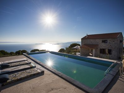 Photo for A breathtaking pool villa in 3 units Close To The Gods