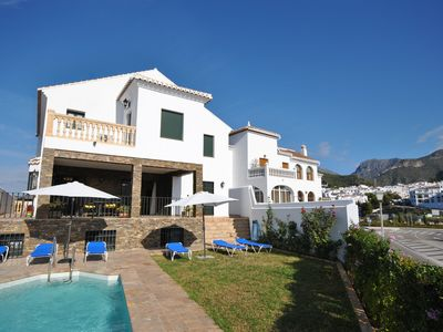 Photo for Luxurious property with more than 400 meters habitable, private pool and garden.