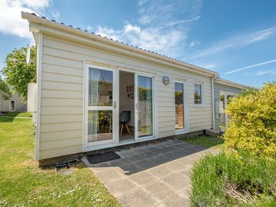 Photo for This cosy, single-storey, two-bedroom cottage is at the heart of West Bay.