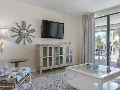 Photo for Pelican Pointe #202: 3 BR / 2 BA condo in Orange Beach, Sleeps 8