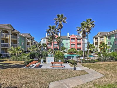Photo for 2BR Galveston Condo w/Community Pool!