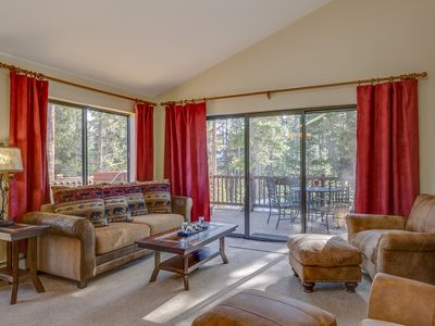 Photo for 3br/3ba On Peak 8! Walk Or Shuttle to Slopes/Ski home weather permitting
