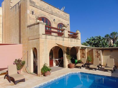 Photo for Holiday Farmhouse in Sannat with Private Pool.