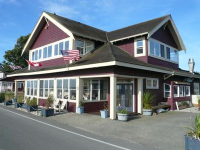 Photo for 2BR Cottage Vacation Rental in Point Roberts, Washington