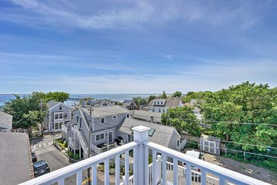 This vacation rental for 2 offers 1 bedroom, 1 bath, and ocean views!