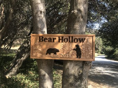 Photo for BEAR HOLLOW family hideaway fun 10 min to the Park!