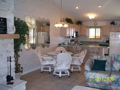 Photo for Lazy Days V-11 Top Floor unit Beautiful lake view (7th night Free)