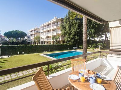 Photo for AQUAMARINA large apartment in Vinyet area of Sitges with AC, parking and pool.