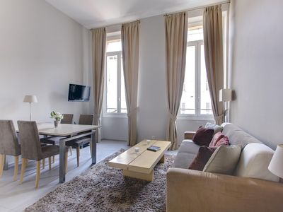 Photo for lovely quality quiet apartment w/aircon and lift located 2mn Croisette nr Palais