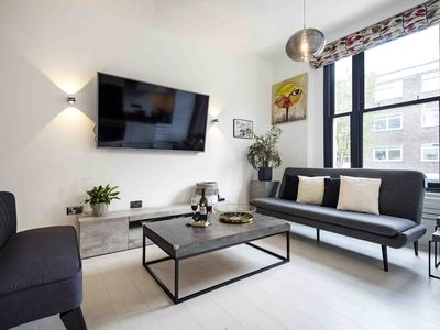 Photo for Little Venice Minimalist Apartment - AVN
