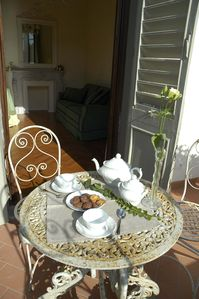 Photo for CHARMING APARTMENT in Oltrarno with Wifi. **Up to $-1011 USD off - limited time** We respond 24/7