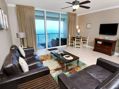 Photo for Comfortable gulf front condo, 2 beach chairs included, Short walk to dining
