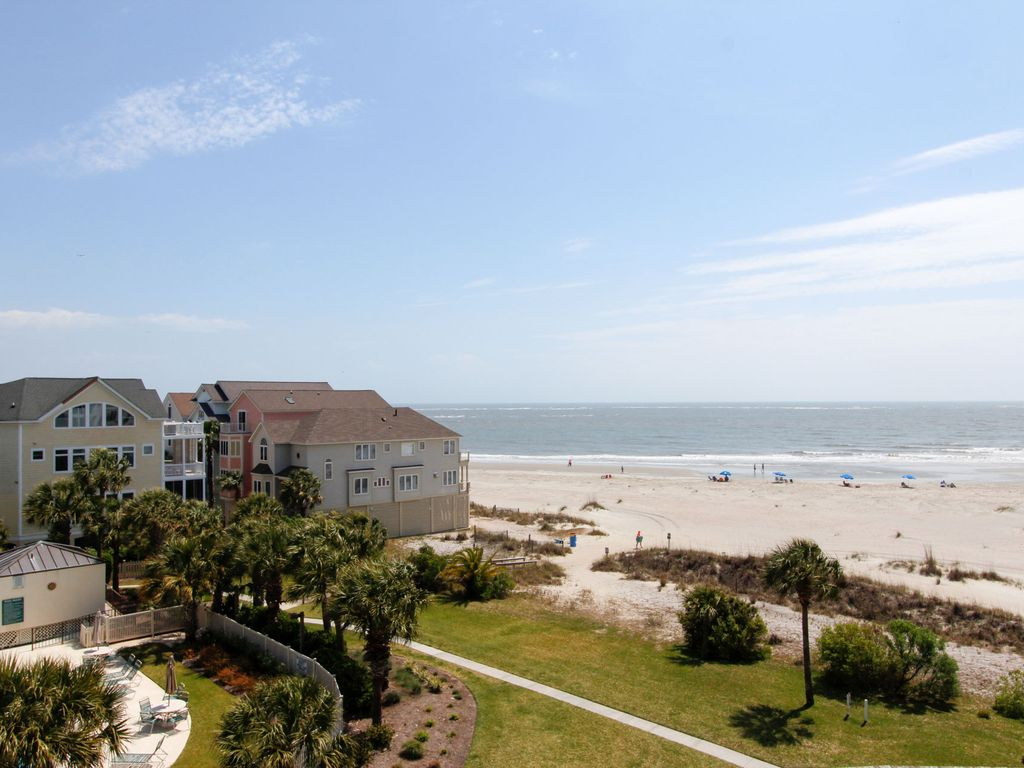 Isle of Palms condo rental. Summer House 405  Oceanfront Wild Dunes condo overlooking