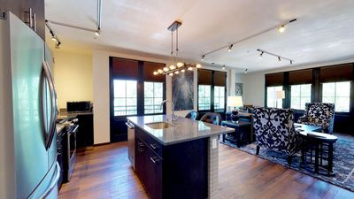 Photo for The Lincoln 302-1 Bed, 1 Bath Luxury Apartment