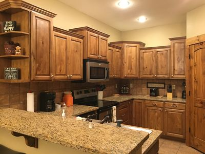 Photo for Beautiful, clean 3 bedroom 2 bath condo close to town!