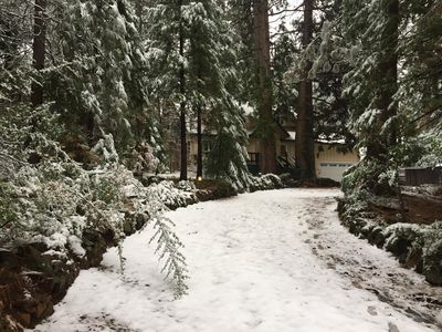 Great Sly Park Vacation Home Close to Jenkinsen Lake