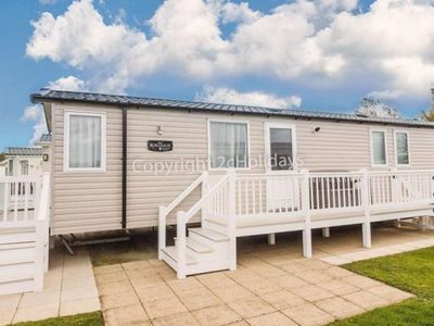 Photo for 8 berth caravan for hire at Hopton Haven park ref 80009W