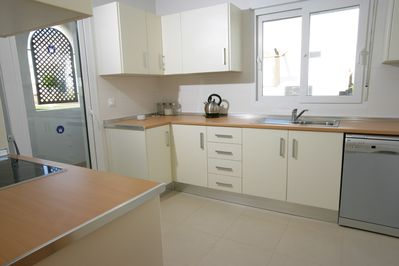 Well equipped, modern kitchen and utility room