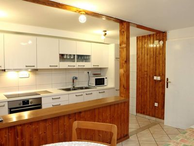 Photo for Classic One Bedroom Apartment with Garden