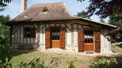 Photo for Picturesque timber-framed cottage in Montpon-Ménestérol close to St-Emilion